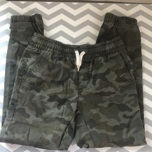 Old Navy camouflage pants- M (8)